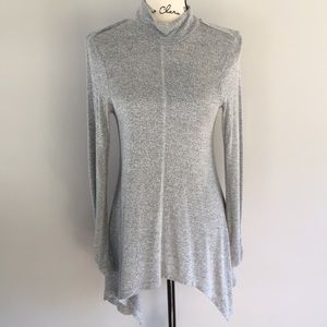Cupio Turtleneck Tunic Sweater Asymetrical Bottom